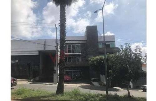 Oficina En Renta, Cuernavaca, Morelos, Lomas De Cortes.
