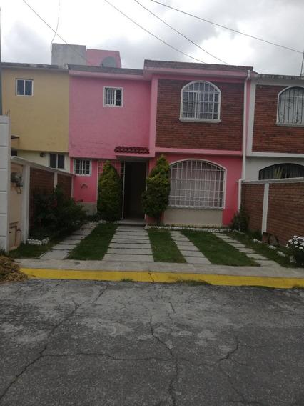 Excelente Casa De Dos Plantas