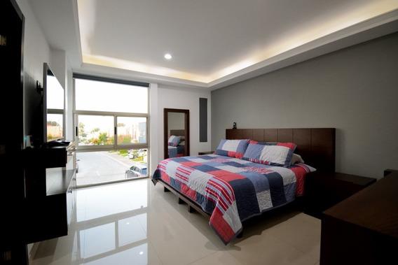 Casa Como Nueva, Roof Garden En Altavista Coto 80