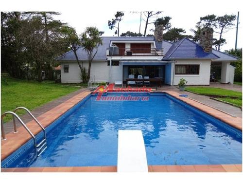 Excelente Casa En La Mansa A 300 Metros Del Mar - Ref: 5571