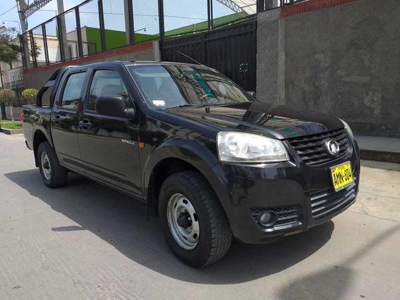 Toyota Hilux 2015, 4x2, Gasolina, Mecánico, Motor 2200 Cc