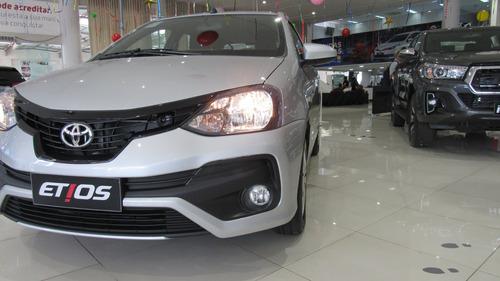 Toyota Etios X 1.3 (aut) (flex)