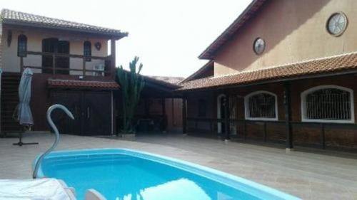 Imagem 1 de 14 de Casa 300m Do Mar Com Piscina E Área De 520m² Total 5645