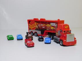 Caminhão Mack Bat Recarregável + 6 Carrinhos Metal Cars 3