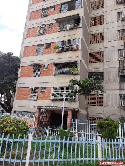 Apartamentos En Ventaayacucho Resd Independencia 04265330810
