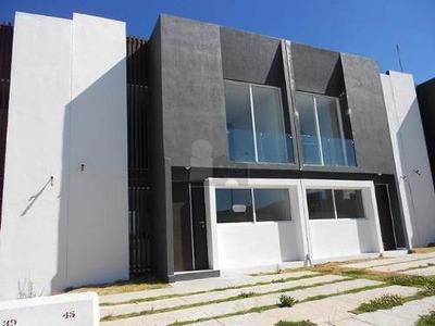 Casa En Renta En Morelia En Altozano Fracc. Quinta Cantera