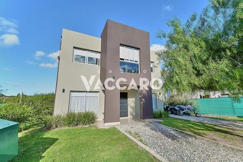 Casa Venta Barrio Privado Haras Maria Victoria Moreno