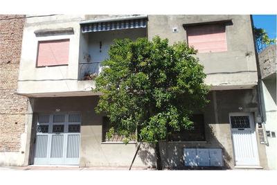 Venta Casa 2 Dormitorios Patio Y Terraza Propios
