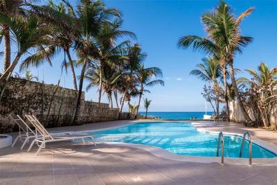 Hermosa Villa Frente Al Mar En Dominicus