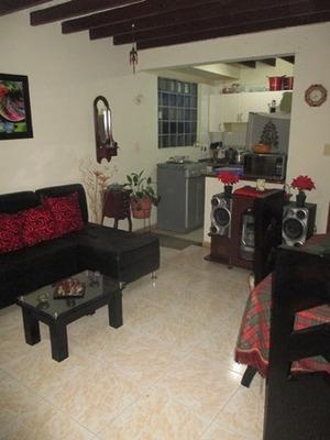 Casas En Venta La Leonora 2790-18466
