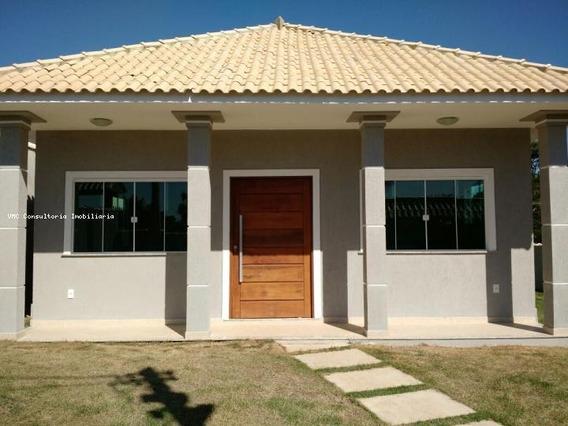 Casa Para Venda Em Araruama, Centro, 3 Dormitórios, 1 Suíte, 2 Banheiros, 3 Vagas - Iv0202