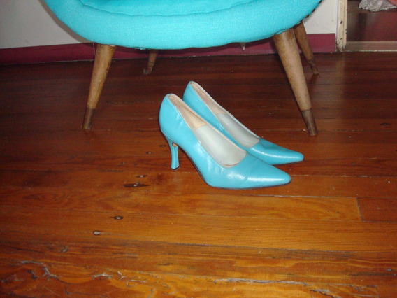 Zapatos Stilettos De Cuero Vacuno Color Turqueza N° 39