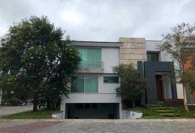 Excelente Casa En Valle Real, Dentro De Coto Con Vigilancia