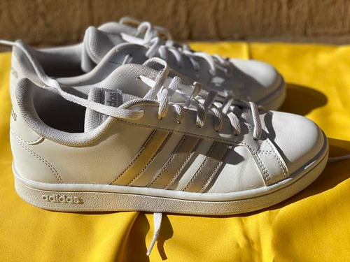 Zapatillas adidas Grand Kurt  Talle 7.5 Us/6uk/fr 39 1/2
