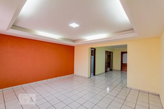 Casa Com 3 Dormitórios E 6 Garagens - Id: 892971995 - 271995
