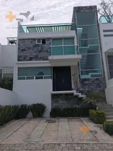 Casa Amueblada En Renta Zona Angelopolis, Cerca Del Tec De Monterrey