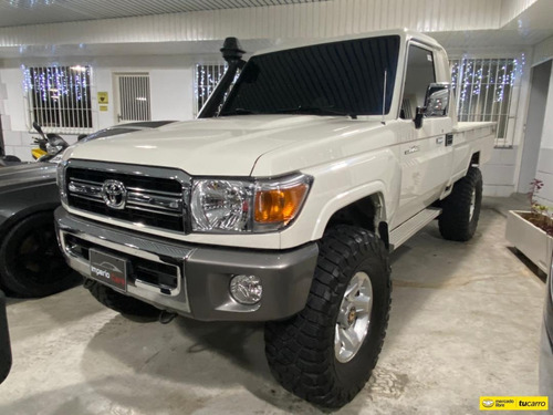 Toyota Macho Pick-up Pick-up Carga 4x4