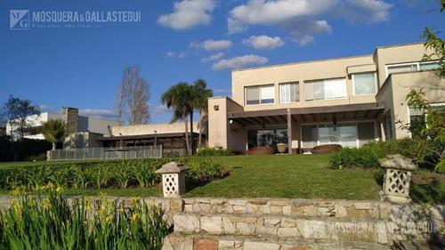 Increíble Casa A La Laguna En Villanueva - Santa Catalina