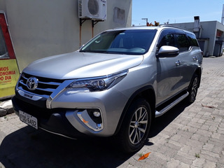 Toyota Hilux Sw4 2.8 Tdi Srx 7l 4x4 Aut. 5p 2019