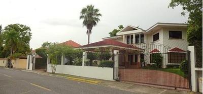 Residencial Belleza De Los Altos, Santo Domingo Este Casa 2