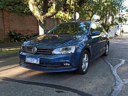 Volkswagen Vento 2.5 Luxury Aut. 2016 Services Oficiales
