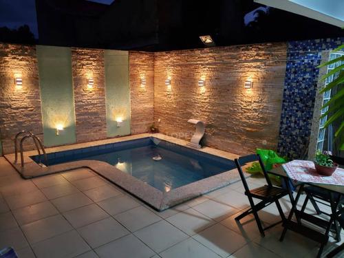 Imagem 1 de 19 de Casa Com 3 Dormitórios À Venda, 140 M² Por R$ 750.000,00 - Itaipu - Niterói/rj - Ca20382