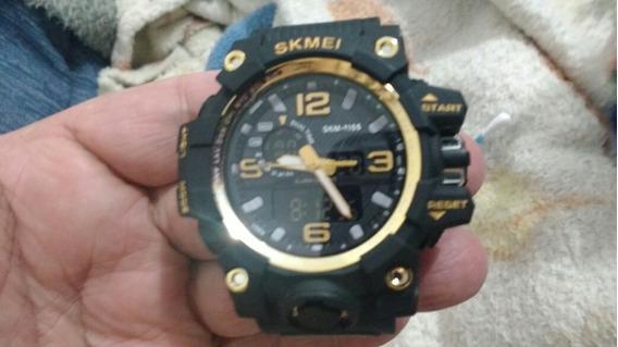 Relógio Amarelo Zerado Digital Esportivo