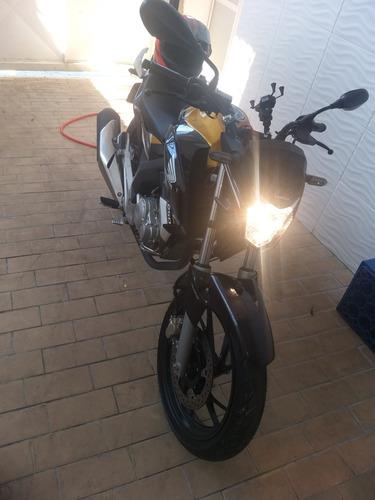 Imagem 1 de 6 de Honda Twiste