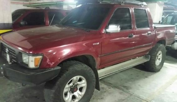 Toyota Hilux Año 1999