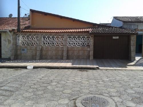 Imagem 1 de 14 de Ótima Casa Com 2 Quartos Em Itanhaém/sp 3452-pc