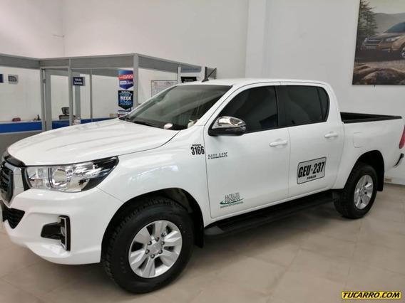 Toyota Hilux 2.4 Mt 2400cc 4x4 Aa