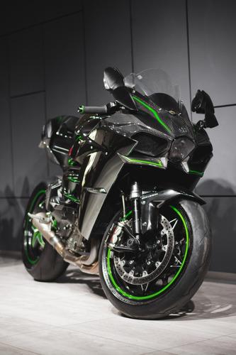 Kawasaki Ninja H2 2015 320 Hp