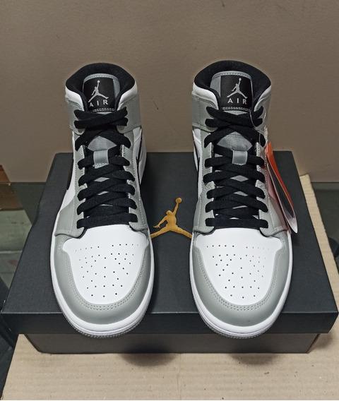 Tênis Nike Air Jordan 1 Mid Smoke Grey - Dswt
