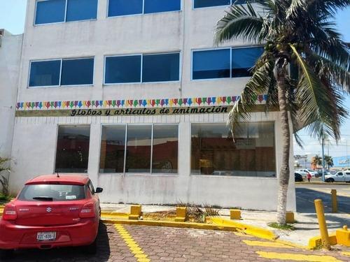 Local De 90m2 En Renta En Fracc. Jardines De Virginia. Boca Del Río, Veracruz