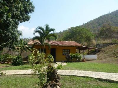 Ptm Terreno En Venta Las Morochas Ii 2600m2 , 14-3806