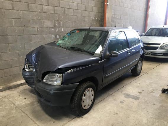 Renault Clio 1.6 3p Chocado Dado De Baja Total