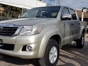 Toyota Hilux 2.7 Cabina Doble 2014 Inpecable