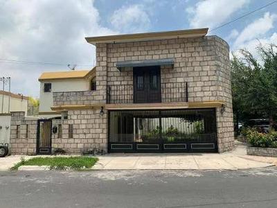 Casa En Venta En San Nicolas De Los Garza En Cipreses
