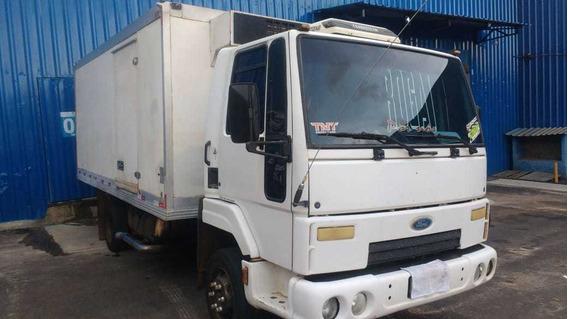 Caminhão Refrigerado Com Serviço Fixo Na Batavo