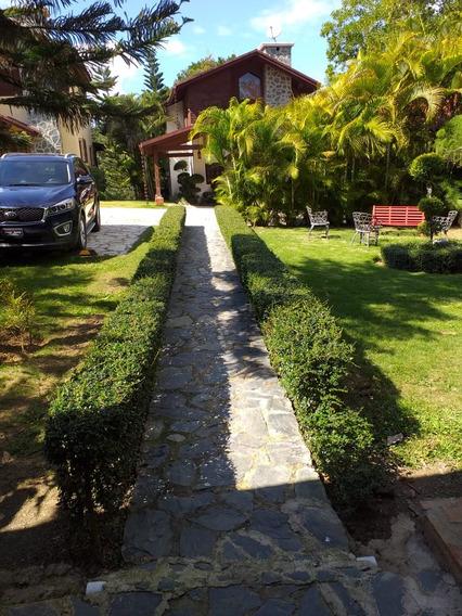 Hermosa Villa Amueblada Colinas De Jarabacoa