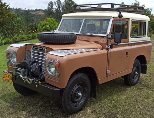 Land Rover Santana 1971