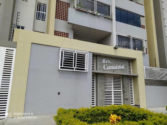 Apartamento En Venta En Res. Canaima San Jacinto 04243693700