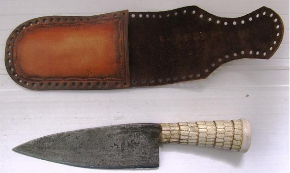 Cuchillo Antiguo Hoja De Tijera Cabo Tatu Largo Total 26 Cms