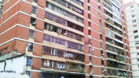 Apartamento En La Candelaria #20-9