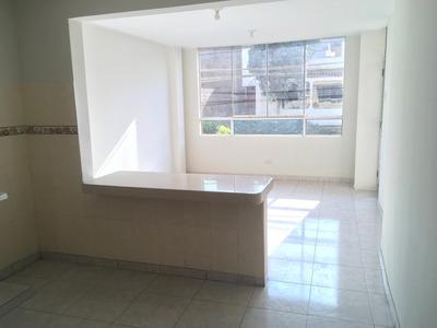 Alquilo Habitaciones En Departamento Con Kitchenette Y Sala