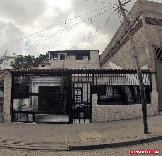 Casas En Venta Maury Seco 04129915010 - Mls #18-12146