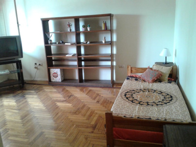 Habitación En Casa De Familia, Baño Y Cocina Compartido