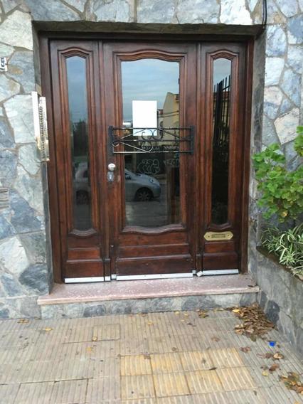 Apartamento 1 Dormitorio - Cerca H. Clínicas - Bajos Gc