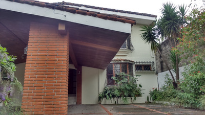 Se Vende Casa En Colonia San Francisco, San Salvador