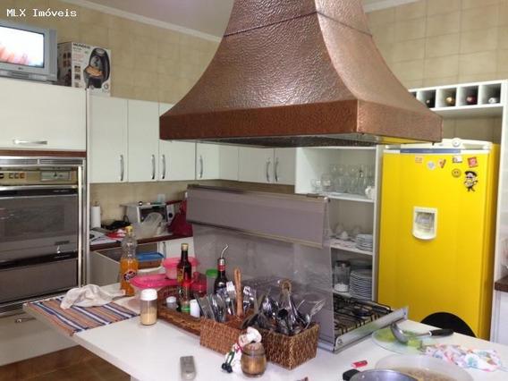 Casa Para Venda Em Mogi Das Cruzes, Botujuru, 4 Dormitórios, 2 Suítes, 5 Banheiros, 10 Vagas - 783_2-662396